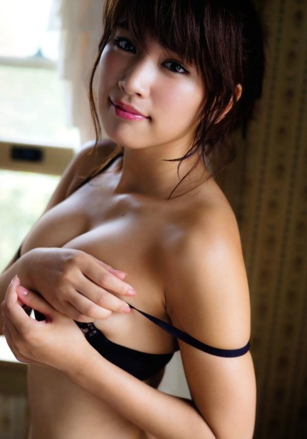 CanCamモデル久松郁実(19)のセミヌードが予想以上にくっそエ□いwwwwww